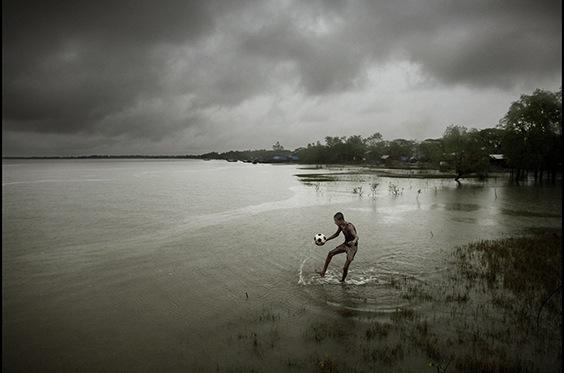 Photo by Espen Rasmussen for Sink or Swim exhibit