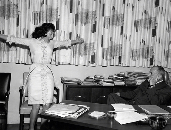 Loretta Lynn responds to Grand Ole Opry manager Ott Devine's invitation to join the Opry cast, 1962