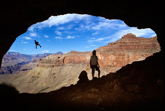 Stephen Alvarez: Earth from Below